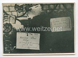 3. Reich Pressefoto: In der Ortskommandanten wird den französischen Flüchtlingen Rat und Hilfe erteilt. 2.7.1940