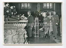3. Reich Pressefoto: Der Prinzregent Paul in der Gruft Friedrichs des Großen 3.6.1939