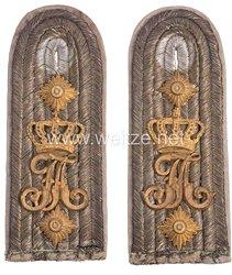 Königreich Sachsen 1. Weltkrieg Paar Schulterstücke für einen Hauptmann im Königlich Sächsischen 5. Infanterie-Regiment Kronprinz Nr. 104