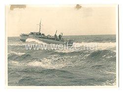 Kriegsmarine Pressefoto: S-Boot auf hoher See