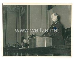 3. Reich Pressefoto: Reichswirtschaftsminister Schmidt