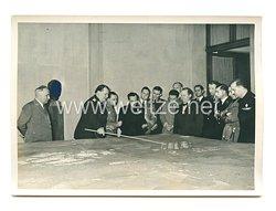 3. Reich Pressefoto: Generalfeldmarschall Hermann Göring mit Minster Lantini