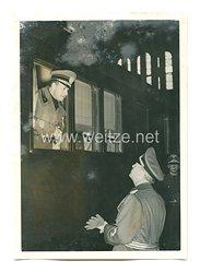 3. Reich Pressefoto: italienischer Außenminister Graf Ciano verlässt die Reichshauptstadt
