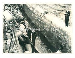 Kriegsmarine Pressefoto: Matrosen in Dieppe (Frankreich)