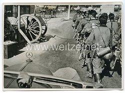Wehrmacht Pressefoto: Vormarsch auf Daon (Frankreich)