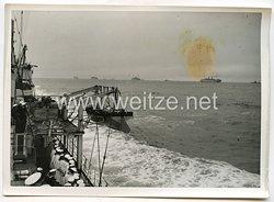Luftwaffe Legion Condor Pressefoto: Die Kriegsmarine empfängt die heimkehrenden Spanienkämpferauf Hoher See 31.5.1939