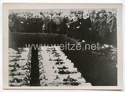 Kriegsmarine Pressefoto: Sie Starben für Deutschland (Stege in Dänemark) 30.10.1939