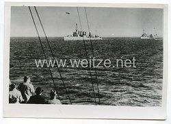 Kriegsmarine Pressefoto: Vier der fünfzigWeltkriegszerstörer trafen in England ein 19.10.1940