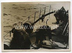 Kriegsmarine Pressefoto: Unterseeboot Alarm auf einem Minenräumboot 25.11.1940