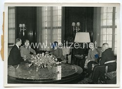 3. Reich Pressefoto: Staatsminister Farinacci beim Führer Adolf Hitler 1.1.0.1940