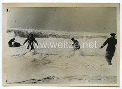 Kriegsmarine Pressefoto: Im harten Kampf mit treibenden Minen 17.10.1940