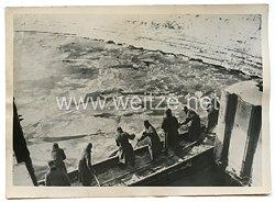 Wehrmacht Pressefoto: Pioniere befreien ein Kraftwerk im Westen vom Treibeis 30.1.1940