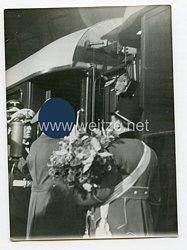 3. Reich Pressefoto: Der Abschied der ungarischen Gäste von Berlin 26.8.1938