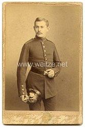 Portraitfoto Deutsches Reich: Soldat mit PickelhaubeModel 1857