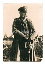 Weimarer Republik Foto, Generalfeldmarschall von Hindenburg im Reichswehrmanöver