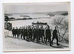 Kriegsmarine Pressefoto: Auf den Wege zur Ablösung einer Küstensicherung12.12.1940