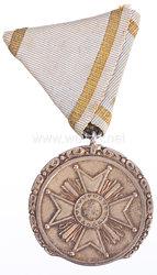 Lettland Orden der 3 Sterne, goldene Verdienstmedaille