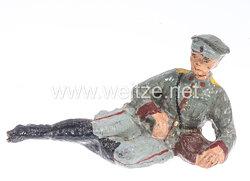 Elastolin - Heer Lagerleben - Soldat mit Schirmmütze liegend
