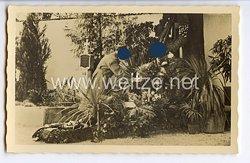 """III. Reich - Propaganda-Postkarte - """" Adolf Hitler - 13.3.1938 Nach vielen Jahren konnte der Führer wieder am Grabe seiner Eltern verweilen """""""