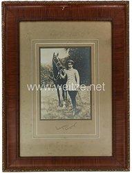 Deutsches Reich 1871 - 1918 Großes gerahmtes Foto mit originaler Unterschrift des Kronprinzen Wilhelm