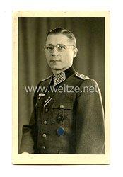 Wehrmacht Heer Portraitfoto, Wehrmachtbeamter mit Verwundetenabzeichen in Schwarz 1939