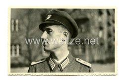 Wehrmacht Heer Foto, Leutnant mit Knautschmütze