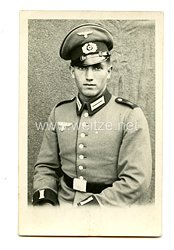 Wehrmacht Heer Foto, Soldat mit Schirmmütze