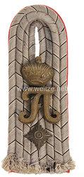 Preußen 1. Weltkrieg Einzel Schulterstück feldgrau für einen Oberleutnant im Kaiser Franz Garde-Grenadier-Regiment Nr. 2