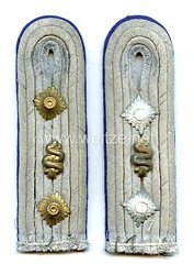 Wehrmacht Heer Paar Schulterstücke für einen Stabsarzt