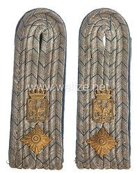 Preußen Paar Schulterstücke für einen Beamten am Reichsmilitärgericht im Range des Kanzleisekretär
