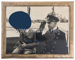 III. Reich - Adolf Hitler persönlich gewidmetes Geschenkbild an Erich Raeder als Oberbefehlshaber der Kriegsmarine