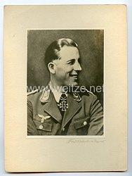 Luftwaffe Portraitfoto, RitterkreuzträgerHauptmann Erich Stoffregen