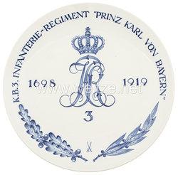 """Ehrenschale aus Meißner Porzellan des""""Königlich Bayrischen 3. Infanterie-Regiment """"Prinz Karl von Bayern""""."""