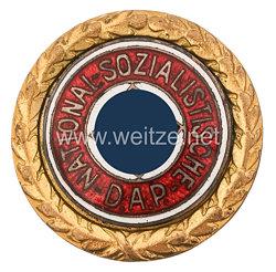 Goldenes Ehrenzeichen der NSDAP als Ehrenverleihung zum Jahrestag der Machtergreifung