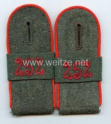 Wehrmacht Heer Paar Schulterklappen für Mannschaften imArtillerie-Regiment 252