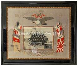 Kaiserliche Marine - S.M.S Gneisenau Großes Erinnerungsbild eines Heizers an seine Dienstzeit 1919-1912 in Seidenstickerei