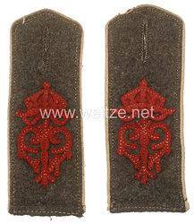 Preußen 1. Weltkrieg Paar Schulterklappen feldgrau für die Bluse für Mannschaften im 4. Thüringischen Infanterie-Regiment Nr. 72
