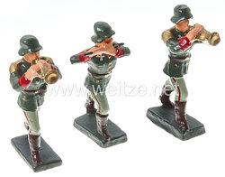 Schusso - Heer kleiner Musikzug mit 3 Soldaten marschierend