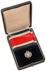 Eichenlaub zum Ritterkreuz des Eisernen Kreuz 1939 im Verleihungsetui