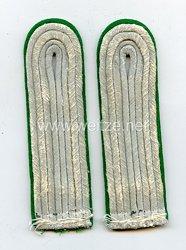 Wehrmacht Heer Paar Schulterstücke für einen Leutnant Gebirgsjäger