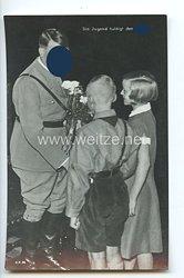 "III. Reich - Propaganda-Postkarte - "" Adolf Hitler - Die Jugend huldigt dem Führer """
