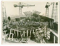 III. Reich Pressefoto: Im Kriegshafen Nikolajew, ein Sowjet-Schlachtschiff von 35000 Tonnen 16.9.1941