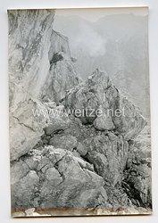 Wehrmacht Heer Pressefoto: Im toten Winkel des Bunkers