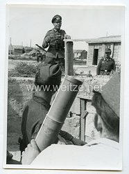 Wehrmacht Heer Pressefoto, General und Ritterkreuzträger bei der Truppe