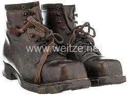 Paar Schuhe 1940er Jahre.