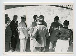 Königreich Italien Pressefoto: Benito Mussolini bei einer Besichtigung