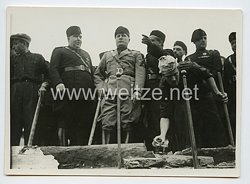Königreich Italien Pressefoto: Benito Mussolini und die Schwarzhemden Milizia Volontaria per La Sicurezza Nazionale (MVSN)
