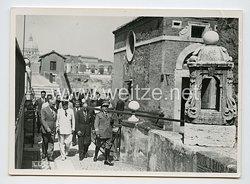 Königreich Italien Pressefoto: Benito Mussolini bei einer Besichtigung in Rom