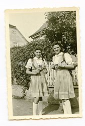 III. Reich Foto, 2 Tirolerin in Trachten senden Ihre Grüße, Steinbach im July 1943