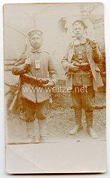 1. Weltkrieg Foto, Soldaten mit Taschenlampe